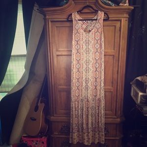 BNWT: Beautiful Maxi Dress by Splendid